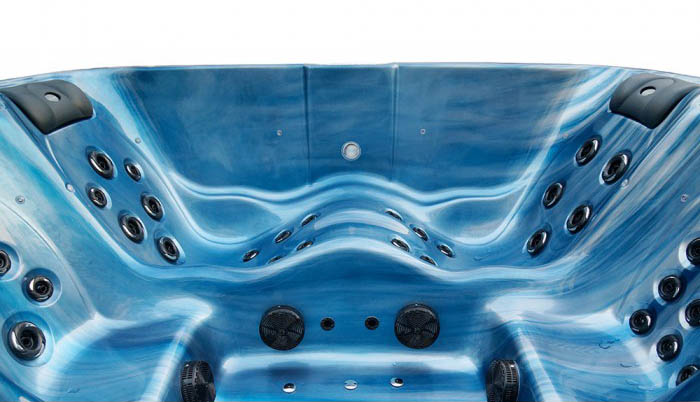 Blue Whale Spa | Malibu Deluxe
