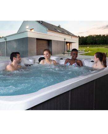 Blue-Whale-Spa-Super-Stream-Swim-Spa-Lifestyle-Photo