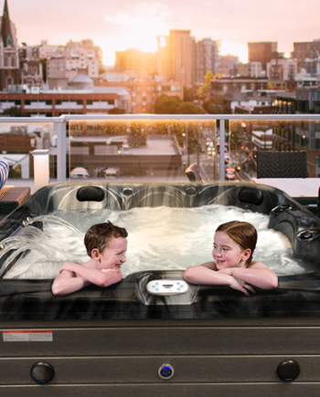 Moonlight Bay - 6 Person Hot Tub - Lifestyle Image