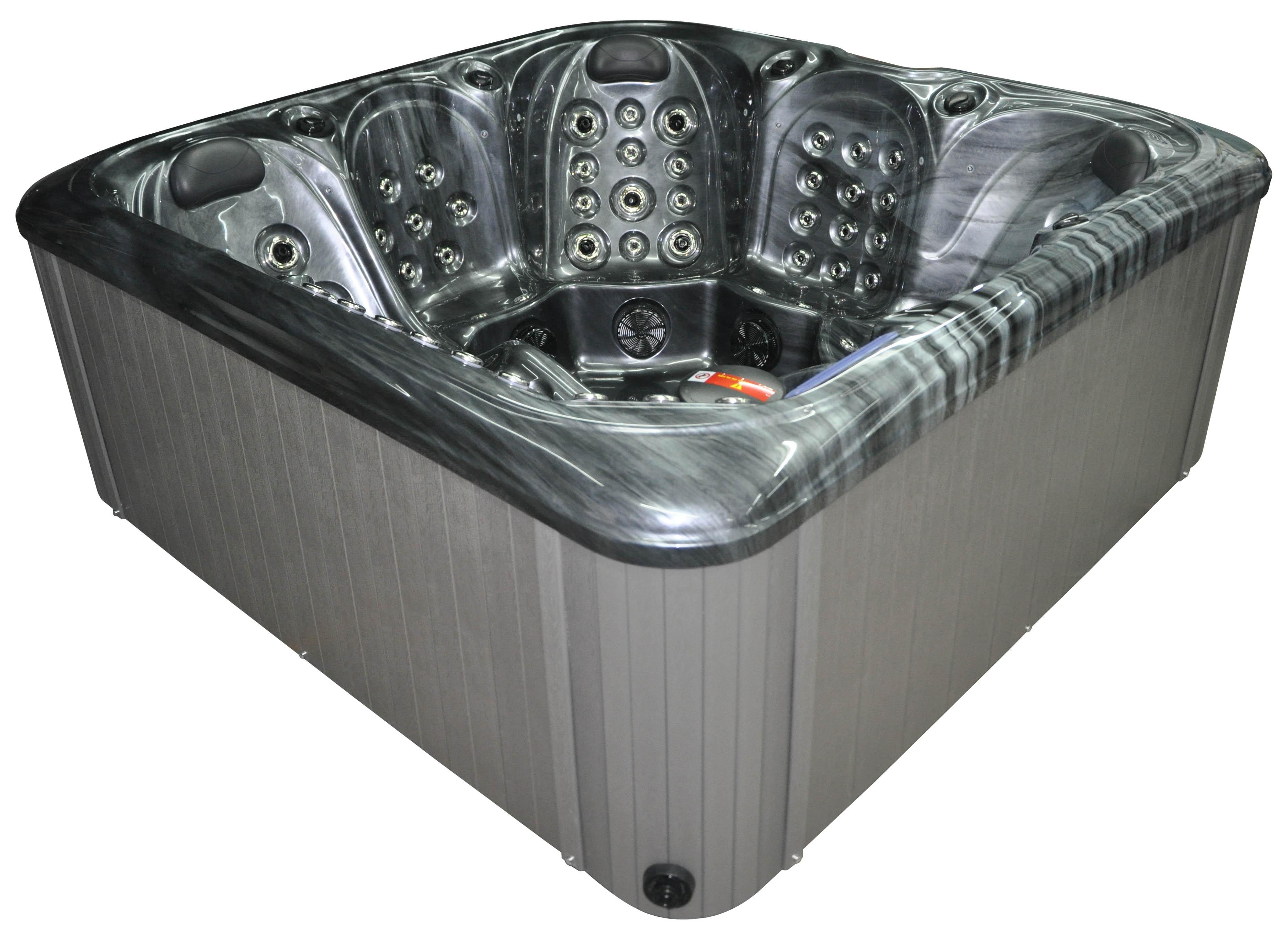 Santa Rosa Hot Tub