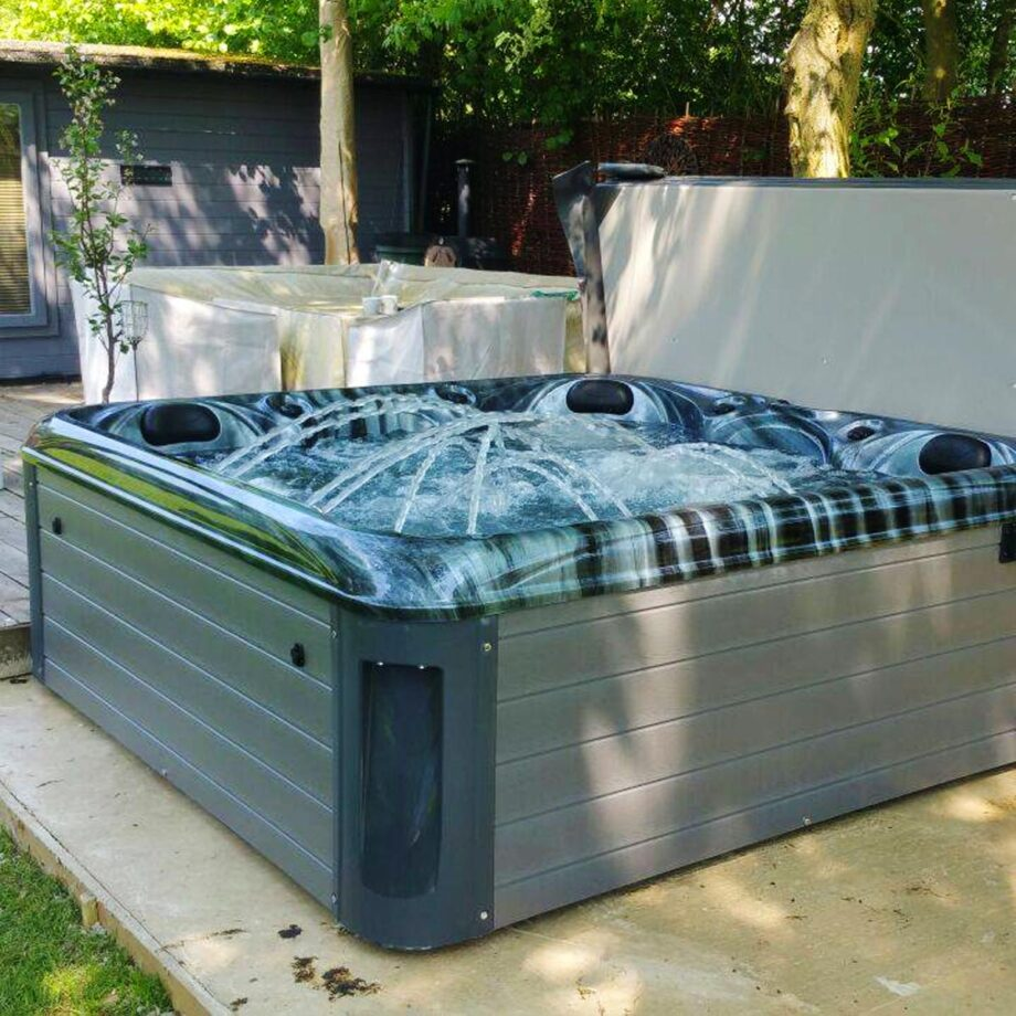 South Beach Hot Tub Installed and Running Image