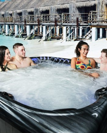 2019 Crescent Bay Deluxe 3 6 seater Blue Whale Spahot tub UK