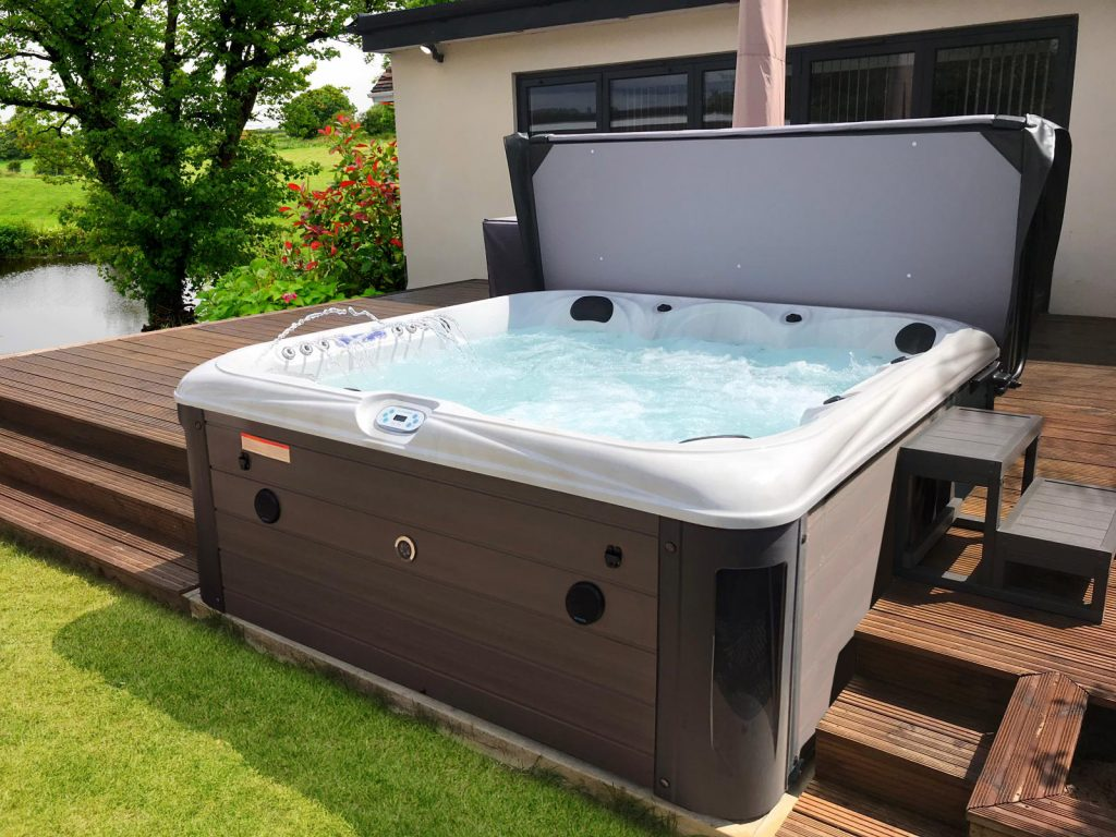 Hot Tub Site Preparation Blue Whale Spa Uk Owned Hot Tub Manufacturer
