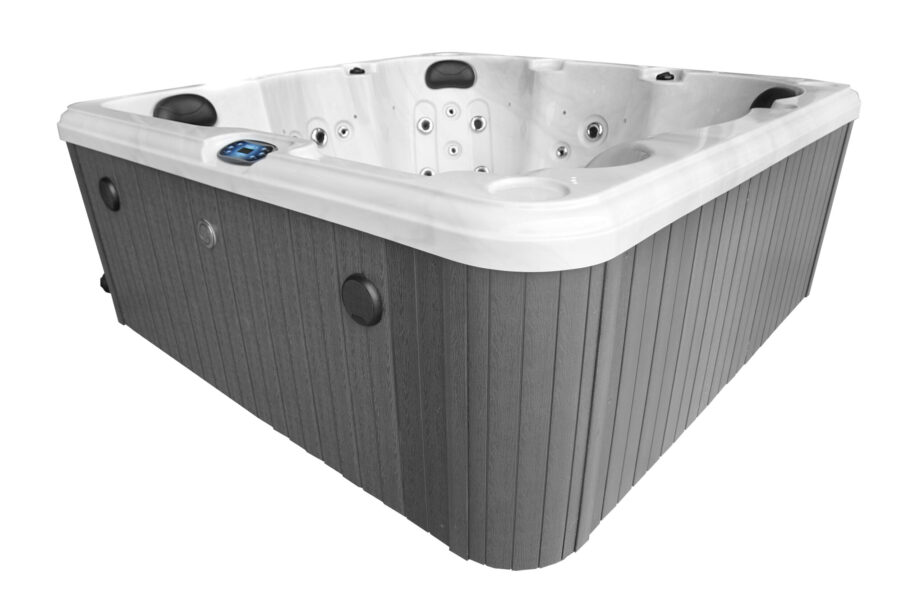 Hatton Bay 6 seater Hot Tub With Bluetooth Speakers