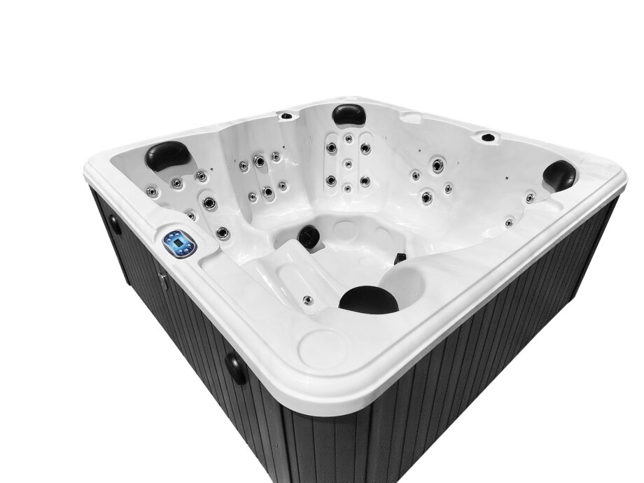Hatton Bay 6 seater Hot Tub Ergonomic Seating