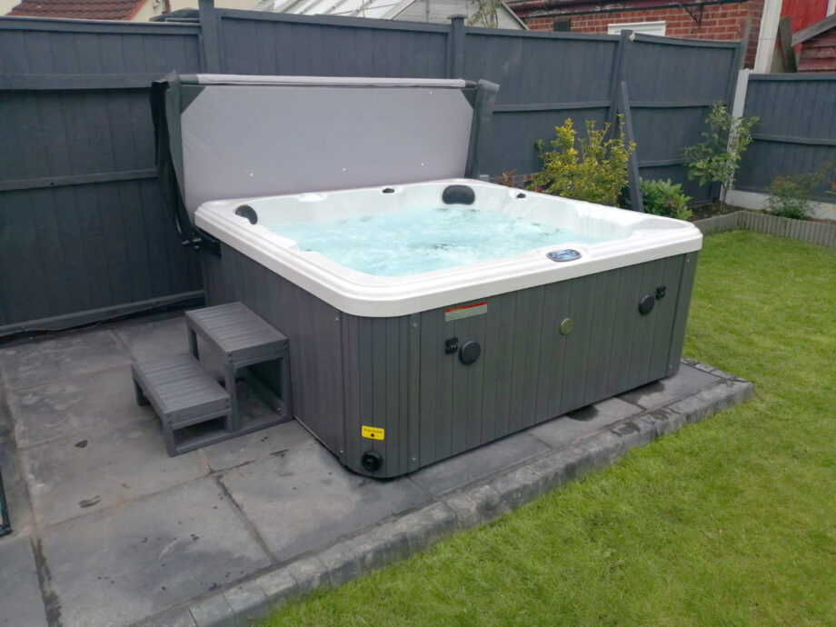 Hatton Bay 6 seater Hot Tub Install Image